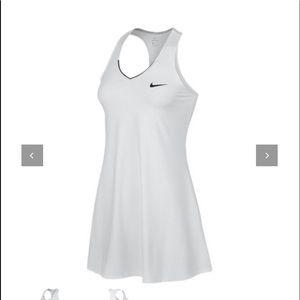 Worn once Nike Pure Tennis Dress Dri-fit